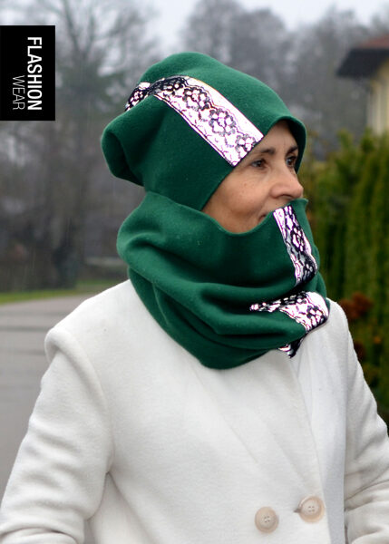 Green Reflective Winter Hat and Tunnel Scarf with Laces